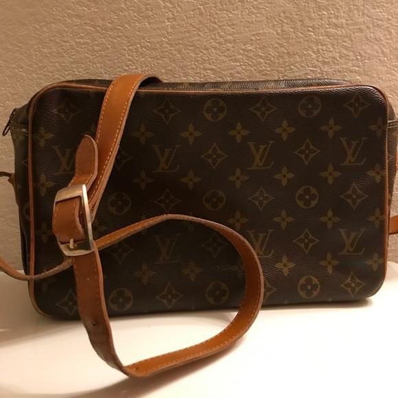 2265daa5164b Louis Vuitton Handbags - Louis Vuitton The French Co. Vintage Crossbody